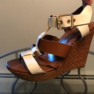 Summer wedges